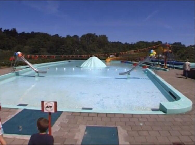 Beelden uit de film opening Zwembad De Dûnatter 2002