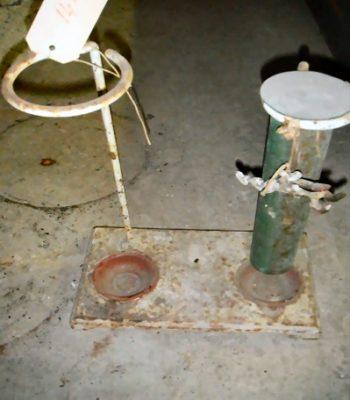 IJzeren apparaat uit lab. melkfabriek