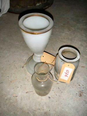 Grote vaas, kleine vaas en grijs Keuls potje