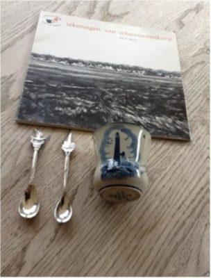 Delftsblauw ( Gouda) sigarettenbekertje met afbeelding van de vuurtoren.