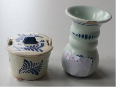 Twee delftsblauwe potjes