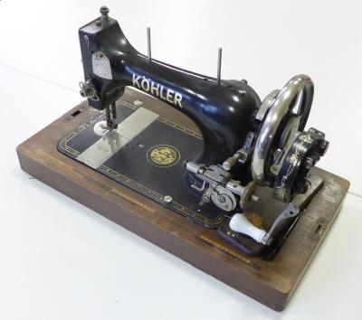 Naaimachine van Martha Karst
