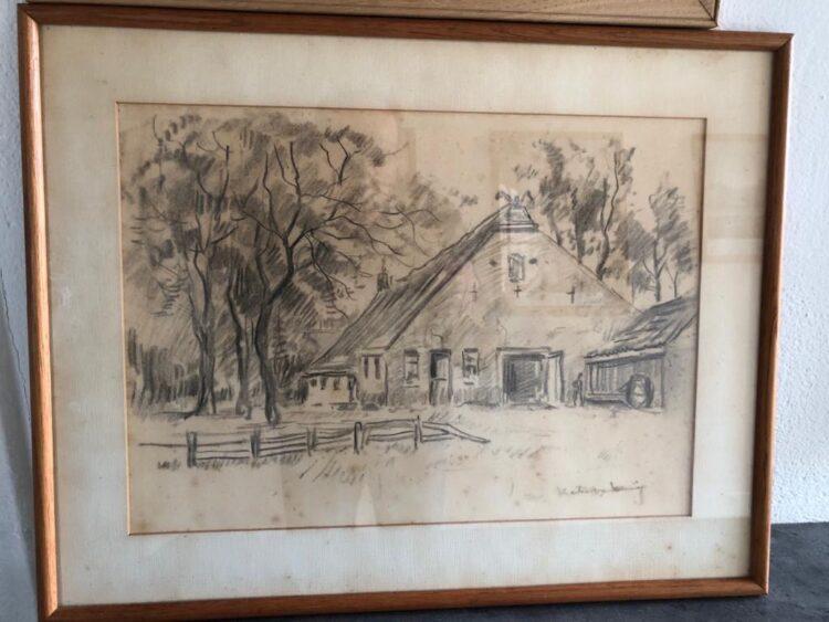 Martin van Waning: Boerderij op Schier, geschonken door Roos Nieweg. De schilder en beeldhouwer had zijn atelier in het gebouw van 1936-1943.